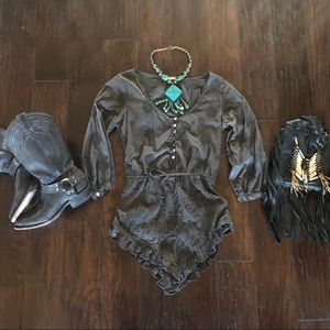 Other - Sea Gypsies Gray Embroidered Romper